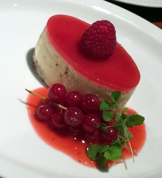 CuHaBo Catering's recpet van de maand: Delice van champagne en frambozen